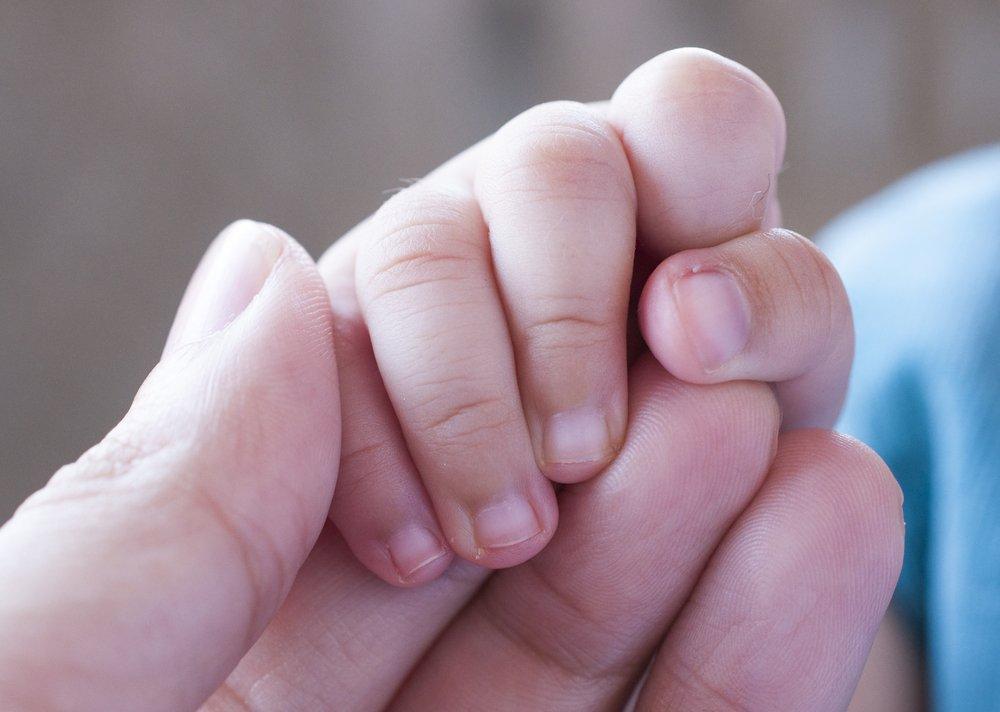 Ногти у ребенка фотографии