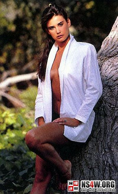 Demi moore hairy bush photos
