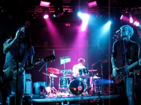 Blonde redhead tour 2005