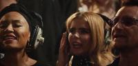 Боно, Роберт Плант, Крис Мартин, Disclosure и другие записали благотворительный сингл