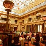 Ресторан Метрополь - фотография 2 - Зал ресторана