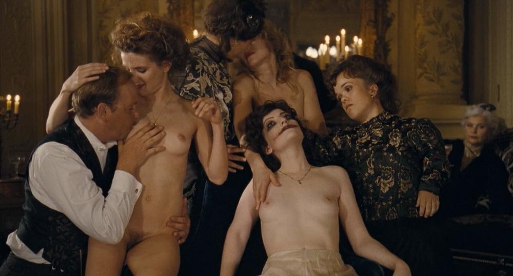 erotika-publichniy-dom-film