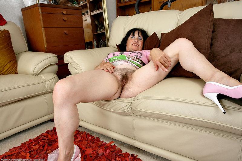 Free naked girl photo