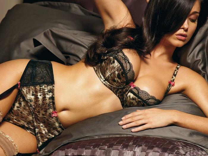 Девушки в эротическом белье онлайн