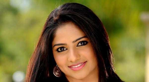 Kannada Rathavara Full Hd Movie, Best MP3 Download