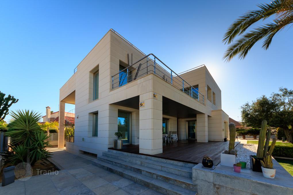 Квартира вторичное жилье в испании на берегу моря