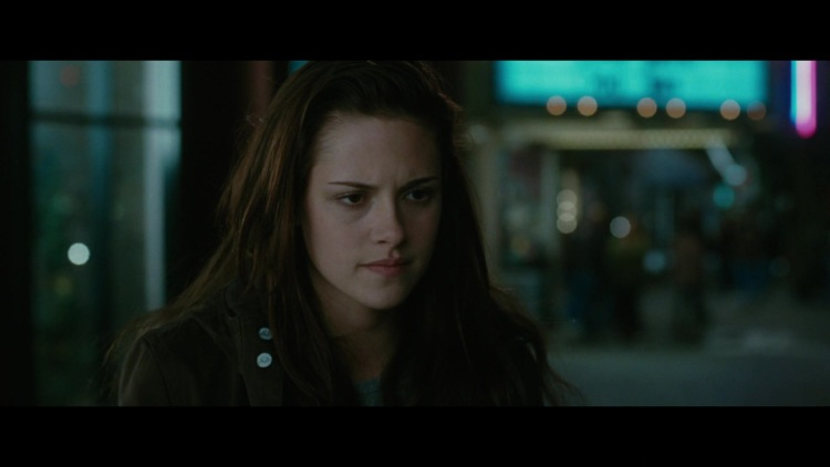 The Twilight Saga: New Moon (2009) - Movie - Moviefone