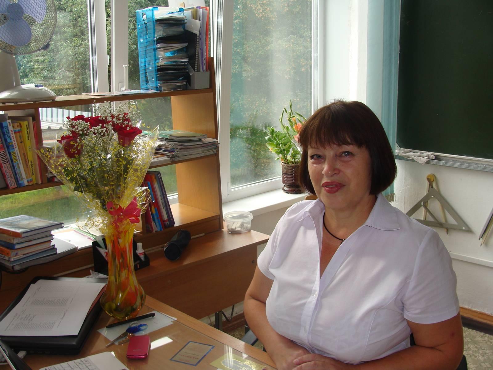 С фото зрелых учителей, Голые училки и учительницы, Красивые порно фото училок 18 фотография