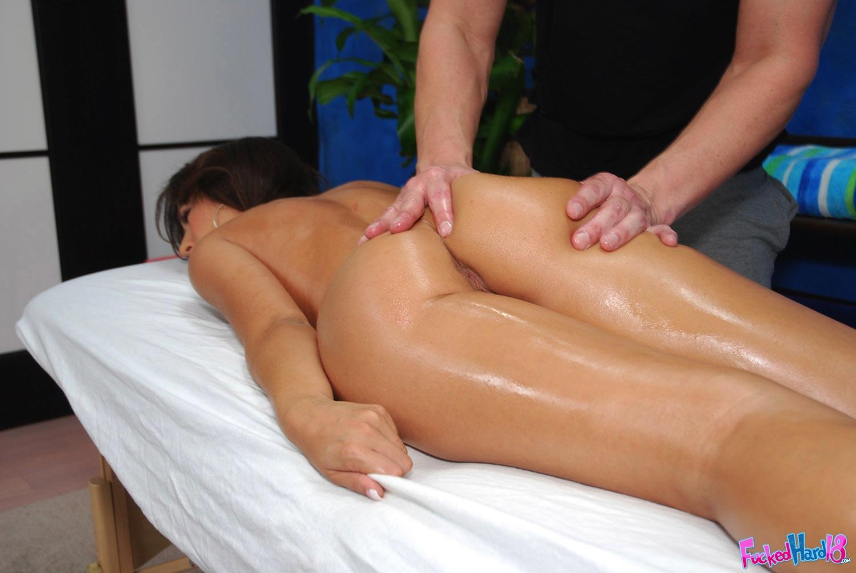 эротический массаж смотреть на планшет онлайн узнает