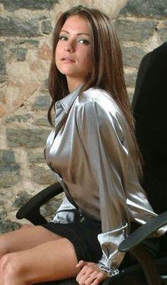 Sleazy dream sexy brunette