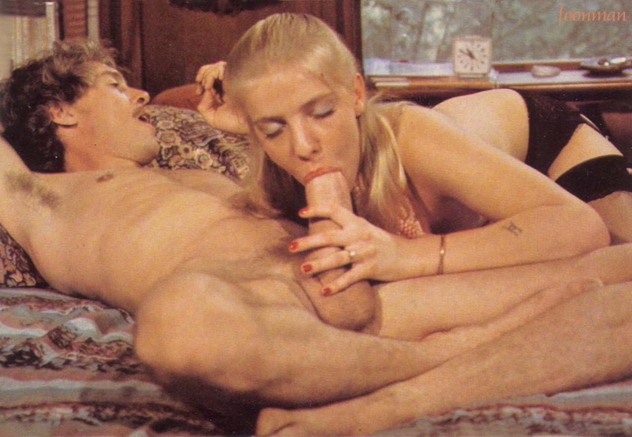 Amature couple nude video