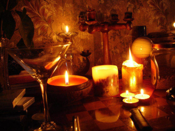 Как сделать приворот самостоятельно (на церковных свечах)