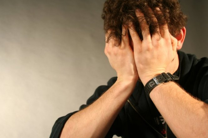 Как вывести человека из депрессии