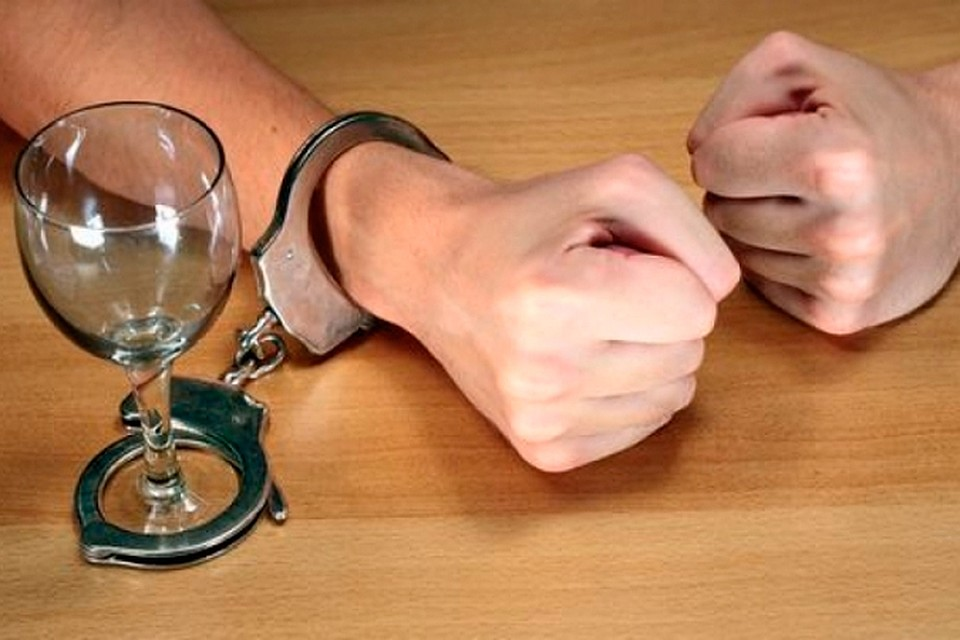 Как лечит хронических алкоголизма