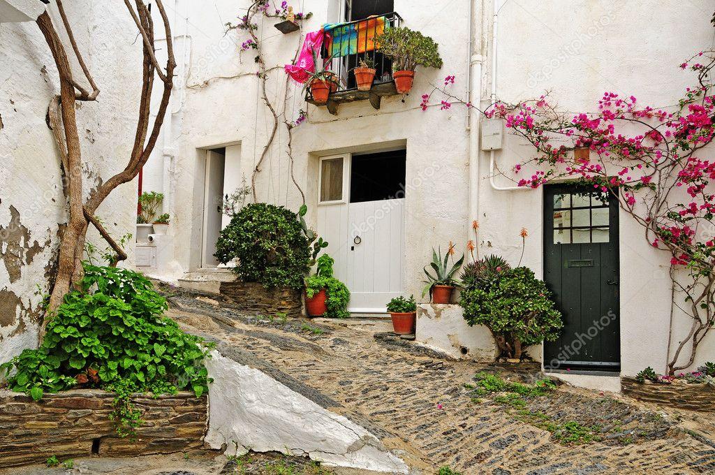 Недвижимость в кадакесе испания