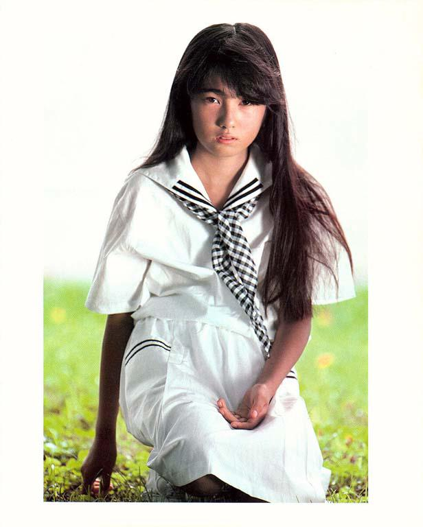 Photos Scans Pictures Rika Nishimura 36