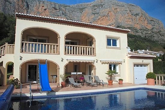 Купить недвижимость на севере испании