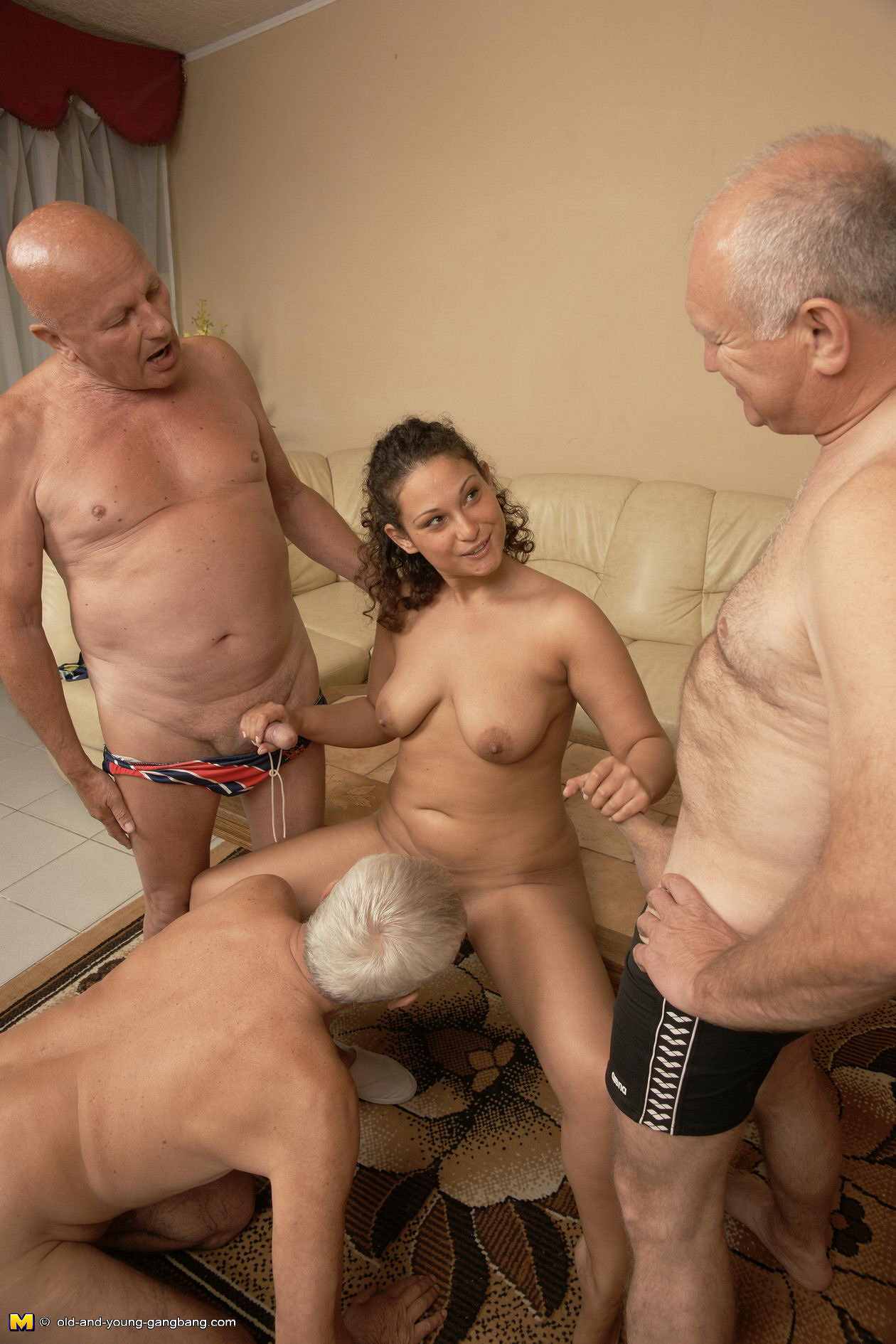 Old man fucks slut organism the nude
