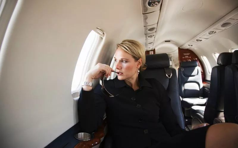 Знакомства богатых женщин