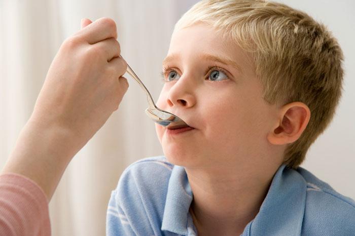 Ребенку 11 лет болит горло чем лечить