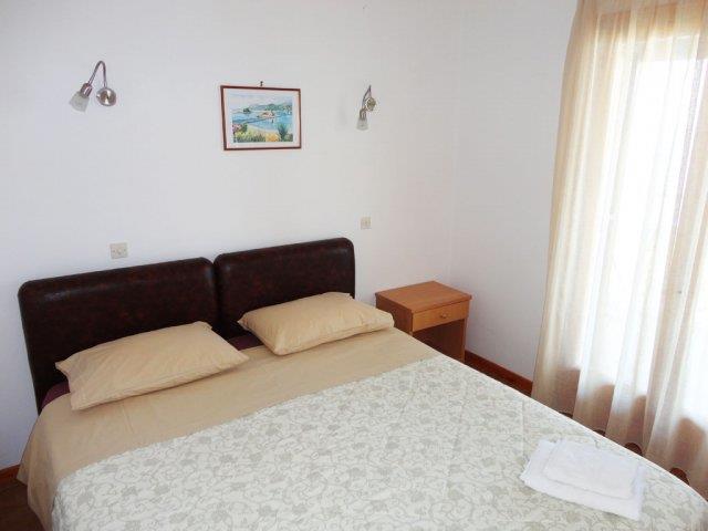 Однокомнатную квартира в Корфу