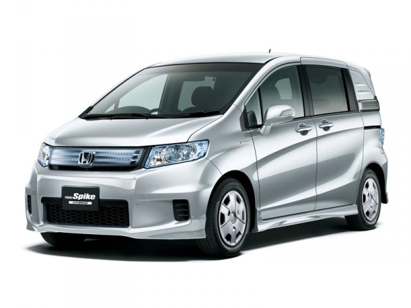 Honda Freed Spike Hybrid - DRIVE2