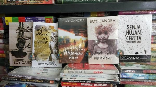 Download Ebook Novel Boy Candra - bookdocumentcom
