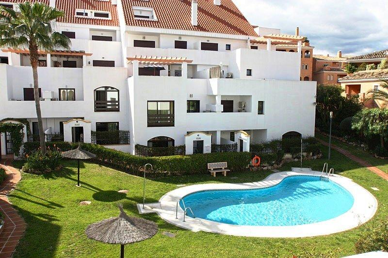Испания или Болгария Где купить недвижимость