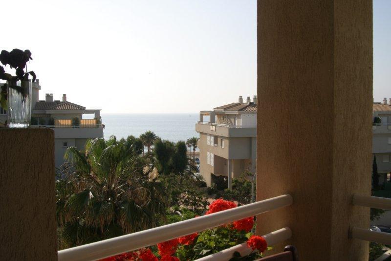 Квартиры в испания у моря цены в рублях