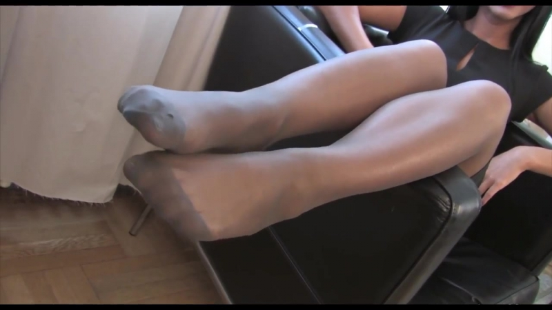 Fully fashioned nylon stocking fetish
