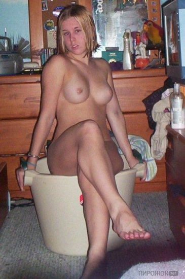 Mature ametuer wife naked
