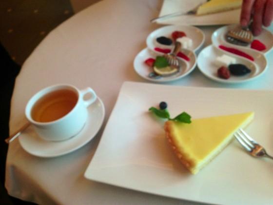 Ресторан Катык - фотография 1 - ...часто прибегаем на бизнес ланч...вкусно ...эстетично ...