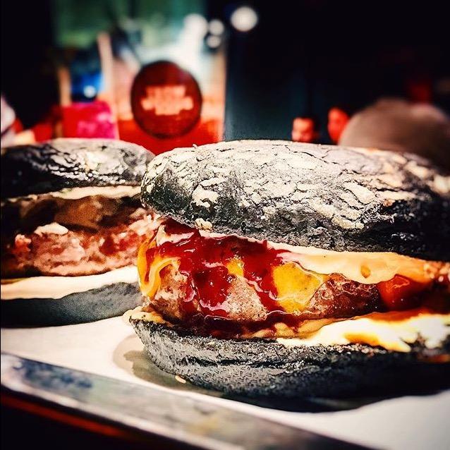 Ресторан Burger Heroes - фотография 2
