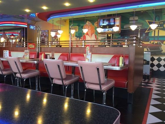 Ресторан Beverly Hills Diner - фотография 1