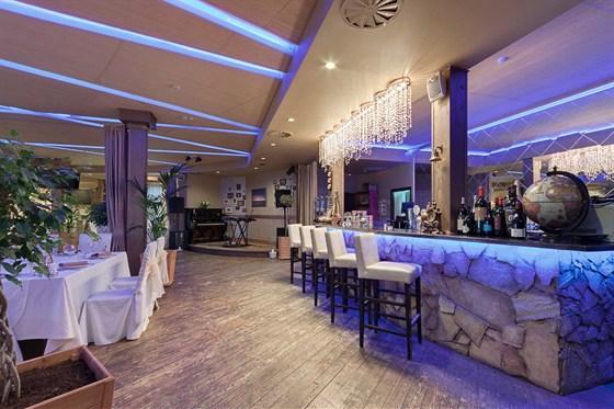 Ресторан River Lounge - фотография 10