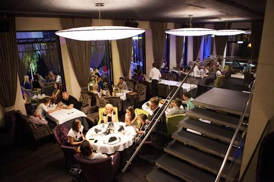 Ресторан Платонов - фотография 1