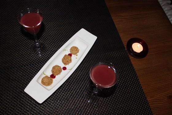 Ресторан Парк-кафе - фотография 11 - Клюквенный кисель и конфеты из куриной печени