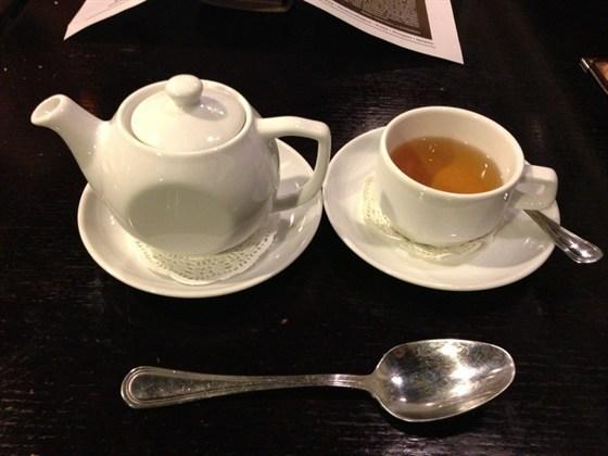 Ресторан Goodman - фотография 9 - Не похоже что в чайник влезает 400 гр