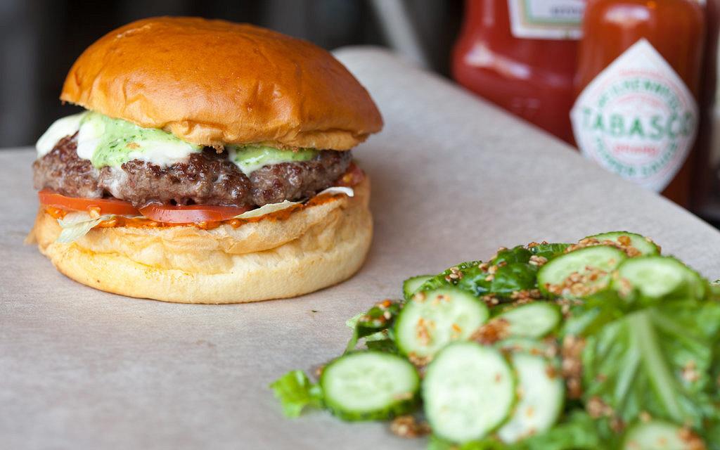 Ресторан BB & Burgers - фотография 8