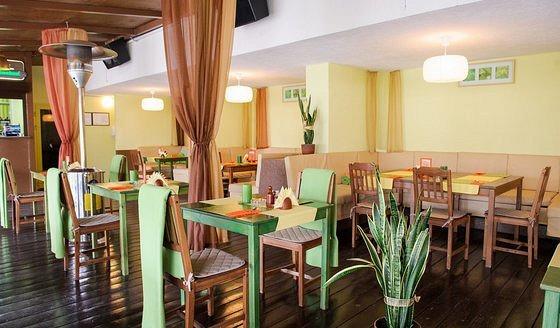 Ресторан Искра - фотография 1