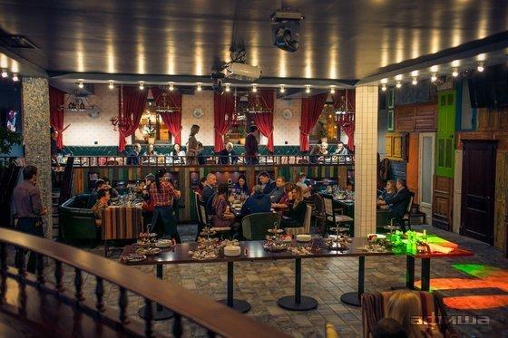 Ресторан Мама норка папа бобер - фотография 4