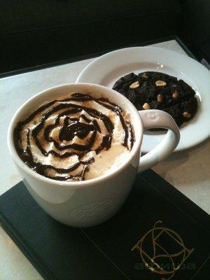 Ресторан Starbucks - фотография 2