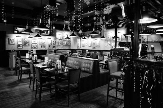 Ресторан Bar & Grill - фотография 13