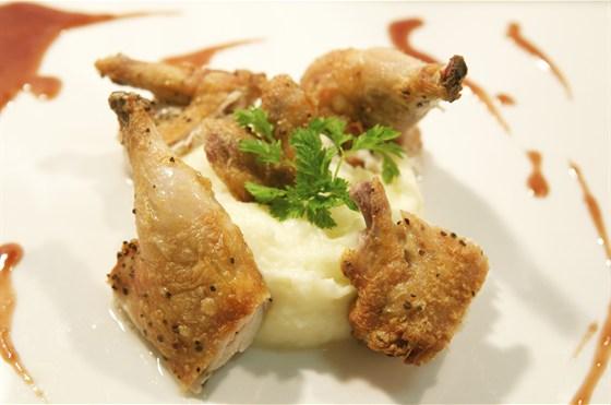 Ресторан Парус - фотография 4 - фермерский цыпленок с пюре