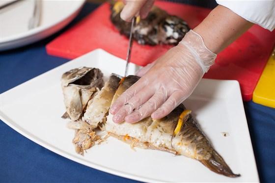 Ресторан Променад  - фотография 7 - приготовление блюд на банкет