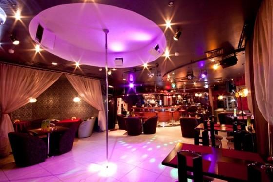 Ресторан Черри берри - фотография 3 - Интерьер кафе 3