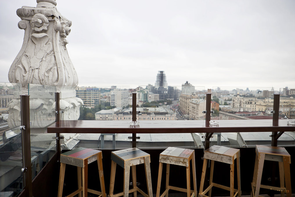 Ресторан Timeout Rooftop Bar - фотография 11