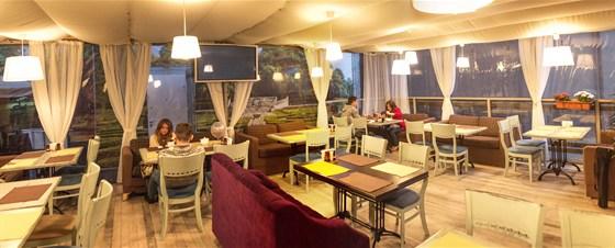 Ресторан Don Gusto - фотография 11 - Летняя веранда