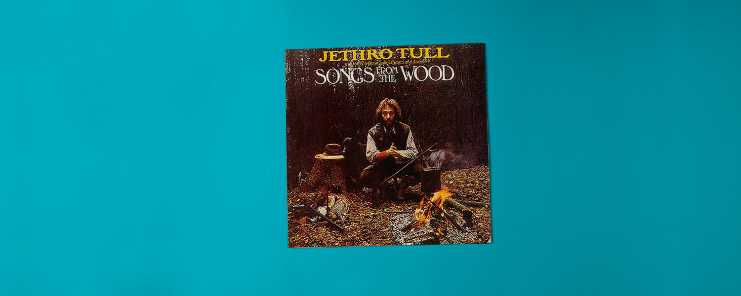 «Songs From the Wood» (1977)