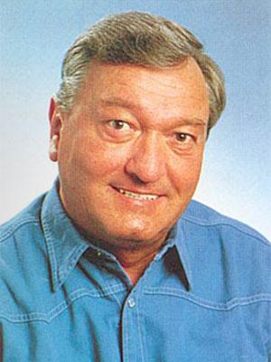В 2003 году фон Деникен умудрился открыть парк аттракционов по мотивам своих идей в Интерлакене